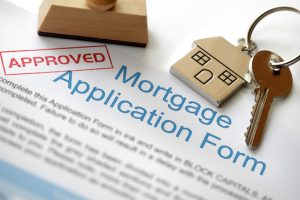 mortgage broker vs underwriter